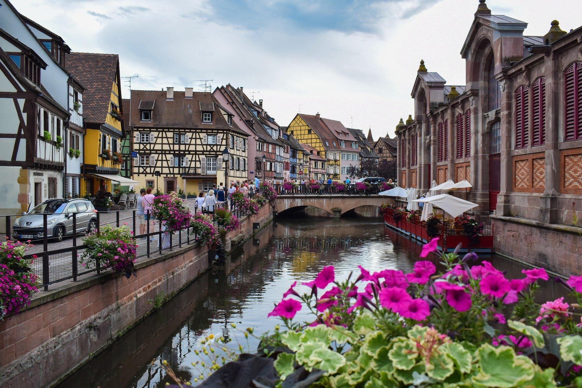 Quelles routes emprunter pour une virée à vélo en Alsace?